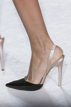 elegant shoes Giambattista Valli at Couture Spring 2014 - Details Runway Photos Stilettos, Pumps Heels, High Heels, Hot Shoes, Crazy Shoes, Me Too Shoes, Pretty Shoes, Beautiful Shoes, Fashion Shoes