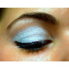 White Metallic Eye Shadow - Natural - Mineral - Polar Ice ($4.99) ❤ liked on Polyvore featuring beauty products, makeup, eye makeup, eyeshadow, eyes, mineral eye makeup, mineral eyeshadow and mineral eye shadow