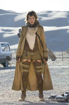 Resident Evil: Extinction - Publicity still of Milla Jovovich
