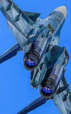 Fact: the russian jets could fall backwards, reversing the air flow to the engines, without stalling. Luftwaffe, Airplane Fighter, Fighter Aircraft, Military Jets, Military Aircraft, Air Fighter, Fighter Jets, Photo Avion, Russian Air Force