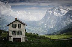 placesworld:  Kleine Scheidegg Mountain Pass, Switzerland