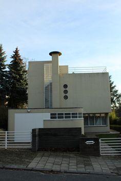 Maison Bertaux, 1936 by Louis Herman De Koninck