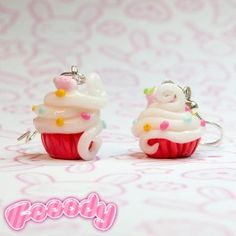 Handmade earrings, 100% Made in Italy. Show everybody your passion for creamy cupcakes!  Find it on www.Delicute.com