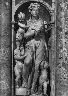 Cordier Nicolas. Caritas. Marble, detail from the tomb of Luisa Deti Aldobrandini, about 1600. Roma, Santa Maria sopra Minerva