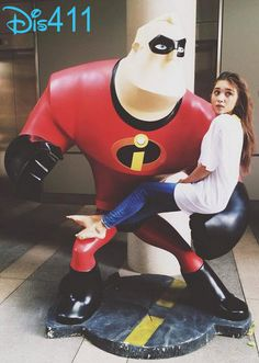 Photo: Rowan Blanchard With Mr. Incredible September 20, 2014