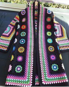 Crochet granny square clothes ganchillo Ideas for 2020 Gilet Crochet, Crochet Diy, Crochet Coat, Crochet Motifs, Crochet Jacket, Crochet Cardigan, Crochet Clothes, Long Cardigan, Crochet Vests