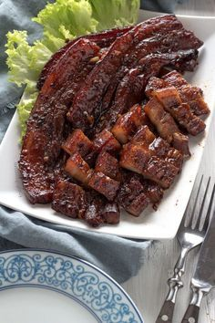 Get recipe for this sticky, sweet and salty BBQ Pork Belly in oven! - Try this simple recipe for sweet and savory BBQ Pork Belly grilled in the oven. It only needs 5 ingredients that are usually already found in your kitchen. Grilled Pork Belly Recipe, Pork Belly Recipe Oven, Chinese Bbq Pork Bun Recipe, Pork Belly Marinade, Pork Belly Strips, Pork Belly Slices, Pork Recipes, Cooking Recipes, Korean Recipes