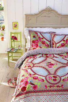 Roupa de cama para lembrar a estação das flores...