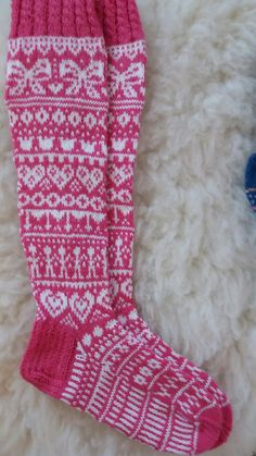 Knitting Socks, Crochet, Mittens, Fun, Crafts, Outfits, Christmas, Fashion, Knit Socks