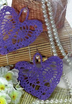 It is a website for handmade creations,with free patterns for croshet and knitting , in many techniques & designs. Crochet Video, Crochet Diy, Crochet Motifs, Crochet Stitches Patterns, Crochet Chart, Thread Crochet, Love Crochet, Crochet Flowers, Confection Au Crochet