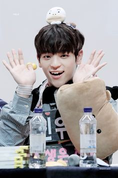 Check out Stray Kids @ Iomoio Kim Woojin Stray Kids, Stray Kids Chan, Stray Kids Minho, Kim Woo Jin, Kids News, Latest Albums, Lee Know, K Idols, Photo Cards