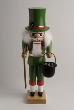 german nutcrackers | ... St Patrick Irish German Christmas Nutcracker Erzgebirge Germany...