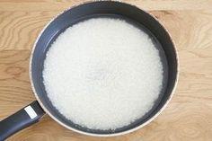 【10分でご飯が炊ける!】覚えておきたい「フライパン炊飯」   レシピサイト「Nadia   ナディア」プロの料理を無料で検索