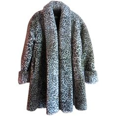 Pre-owned Monterey Bay Fur Coat (745 SAR) ❤ liked on Polyvore featuring outerwear, coats, faux leopard, fur coat, leopard coat, leopard print coat, teddy bear coat and trapeze coat