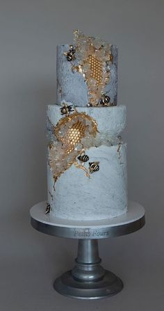 45 + The Most Creative Wedding Cake Designs - - Take a look at the most creative wedding cake designs for a sweet and unique dessert table come your big day. Fondant or Buttercream? Creative Wedding Cakes, Wedding Cake Designs, Creative Cakes, Wedding Themes, Wedding Ideas, Wedding Colors, Crazy Wedding Cakes, Unique Desserts, Unique Cakes