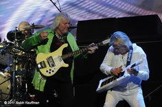 Chris Squire and Geoff Downes of Yes