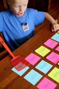 Make sight word practice fun with a simple slap! Its a fun way to review sight words this summer. If not sight words, then letters, numbers, or shapes! by sybil