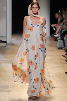 Paul & Joe Spring 2015 Ready-to-Wear - Collection - Gallery - Style.com Fashion Week, Runway Fashion, Spring Fashion, Fashion Show, Fashion Design, Paris Fashion, Ss15 Fashion, Daily Fashion, Street Fashion