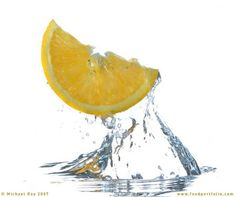 Google Image Result for http://www.foodportfolio.com/blog/images/fruit_splash/%25A9MichaelRay2007s.jpg