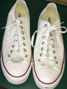 d528b9f01511ad Converse Chuck Taylor all star low top white Size 9.5 Mens  fashion   clothing