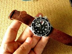 How I Make Leather Watch Strap DIY - YouTube