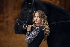 "Blond with black horse - MY OTHER WORKS: <a href=""https://www.facebook.com/fotonero.eu/"">FACEBOOK</a> <a href=""https://www.instagram.com/fotonero.eu/"">INSTAGRAM</a> <a href=""http://www.fotonero.eu"">WEBSITE</a>"