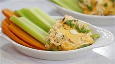Get all the flavor of spicy Buffalo wings in a healthy (yes, healthy!) dip