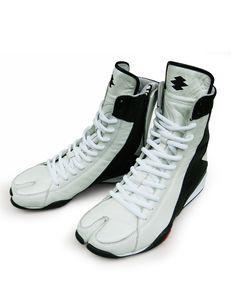 """Split-toe Shoes """"Idaten"""""""
