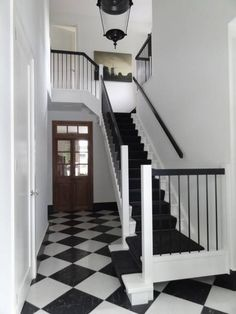 Villa treppenhaus modern  stair runner and matching carpet | Designer Living Rooms ...