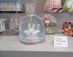 Entrée en matières: Ange Lapin Angel Bunny Rabbit snowglobe, snow dome, waterglobe