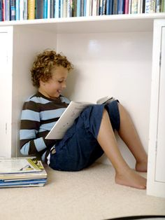 List of books for boys: middle readers Reading Help, Teaching Reading, Reading Nooks, Guys Read, 3rd Grade Reading, Kids Class, Fiction And Nonfiction, Books For Teens, Chapter Books