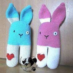 ZDARMA - návody | Návody na háčkované hračky Baby Toys, Diy Home Decor, Dinosaur Stuffed Animal, Crochet Hats, Handmade, Animals, Amigurumi, Bunnies, Knitting Hats