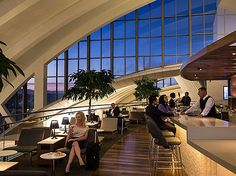 Star Alliance Unveils New LAX Rooftop Lounge - Urban Planning and Design - architecture and design Rooftop Lounge, Bar Lounge, Lounge Ideas, Lounge Seating, Lounge Design, Airport Vip Lounge, Modern Lounge Rooms, Airport Design, Inspiration Design