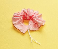 Ribbon rosette tutorial with Kimber - Scrapbook & Cards Today