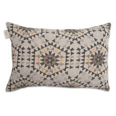 The Heavenly honeycomb cushion cover by House of Rym makes for a perfect throw cushion in the living room or bedroom. Heavenly honeycomb was created by Anna Backlund and is one of House of Rym's signature designs. The cushion cover is made of a jacquard woven cotton fabric and has cute wooden buttons on the back.