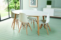 Dining table retro lacquered white Oval + 4 Eames chairs (Oval Dining Table-Lacquered white gloss + 4 Eames White DSW)