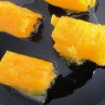 Ovos Moles de Aveiro | Receitas e Menus Biscuits, Portuguese Recipes, Portuguese Food, Pineapple, Recipies, Baking, Fruit, Ethnic Recipes, Sweet
