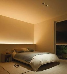 Note: indirect lighting hidden behind furniture. Don't need to clutter space with additional lamps etc and provides nice ambient light.Benzile cu LED-uri, noul trend in iluminarea caseiI love how soft this indirect lighting is.