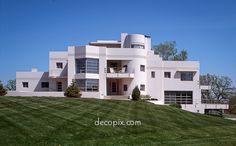Want this! (from Decopix - The Art Deco Architecture Site - Art Deco & Streamline Moderne Houses)