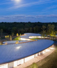 The River Building is a functional work of art located in New Canaan, Connecticut. The Pritzker Prize–winning design firm SANAA is behind the unique structure.