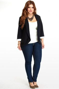 33 Casual Plus Size Work Outfits for Women Over 40 – Plus Size Fashion Casual Work Outfits, Blazer Outfits, Business Casual Outfits, Blazer Fashion, Curvy Outfits, Mode Outfits, Plus Size Outfits, Work Attire, Curvy Work Outfit