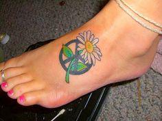 Ayak On Hippi Peace Sign Dövme