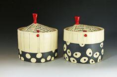 Decorating & For Flowers — Rita Vali Ceramics Ceramic Pottery, Ceramic Art, Condiment Sets, Bowl Cake, Ceramic Boxes, Pottery Designs, Pottery Ideas, Hand Built Pottery, Sgraffito