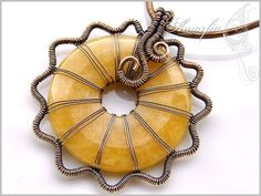 Peach aventurine and bronze wire wrapped pendant by amorfia Wire Jewelry Making, Jewelry Making Tutorials, Wire Wrapped Earrings, Wire Wrapped Pendant, Wire Earrings, Washer Bracelet, Copper Jewelry, Bead Jewelry, Jewelery
