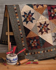 At Home with Country Quilts: 13 Patchwork Patterns (That Patchwork Place): Amazon.co.uk: Cheryl Wall: 9781604681451: Books