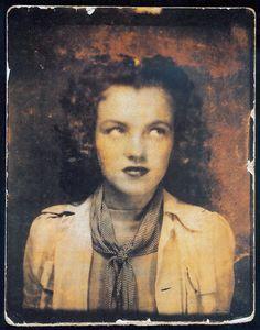 1938 Portrait de Norma Jeane - Divine Marilyn Monroe
