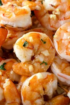 10 Minute Garlic Butter Baked Shrimp is an easy recipe for perfectly cooked, garlicky, buttery shrimp that is baked on a sheet pan in just 10 minutes! Baked Shrimp, Baked Salmon, Garlic Shrimp, Sweet Shrimp, Pesto Shrimp, Baked Eggplant, Baked Garlic, Gourmet Recipes, Cooking Recipes