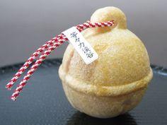 "little bell ""Monaka""  鈴もなか 14個入り 【等々力:和菓子処 八洲】    setagaya-1.com"