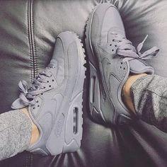 Air max ✔️ #grey #greystyles #style #stylish #fashion #fashioninspo #fashiongoals #fleeky #shoeporn
