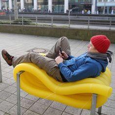 oliver show street furniture